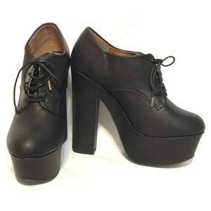 🆕 Dollhouse Noble Oxford Platform Booties